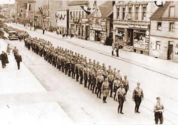 Marsch der SA 1933 auf der Hagener Straße